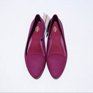 Crocs - Cranberry Pointed Flats